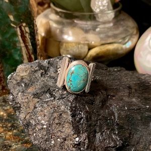 Vintage thick sterling  & microweb turquoise ring